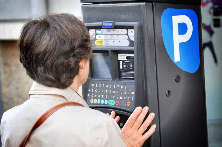 Menton baisse les tarifs de son forfait post-stationnement
